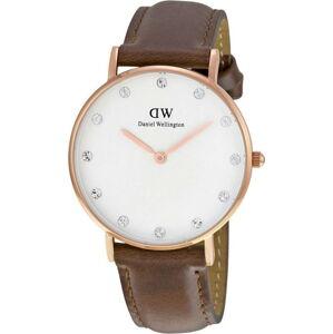 Dámské hodinky s koženým řemínkem a ciferníkem růžovozlaté barvy Daniel Wellington St Mawes, ⌀34mm