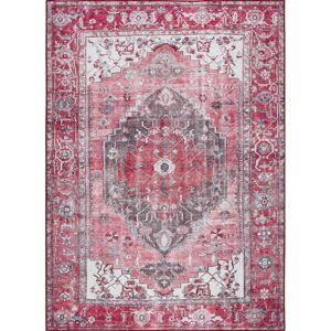 Červený koberec Universal Persia Red, 140 x 200 cm